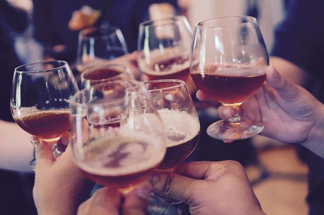 Cosa c'è veramente dentro un bicchiere di vino